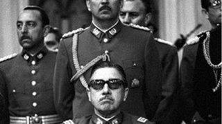 Augusto Pinochet (au premier plan)
