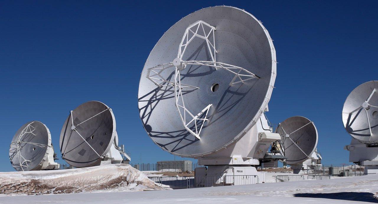 Réseau de radiotélescopes ALMA au Chili